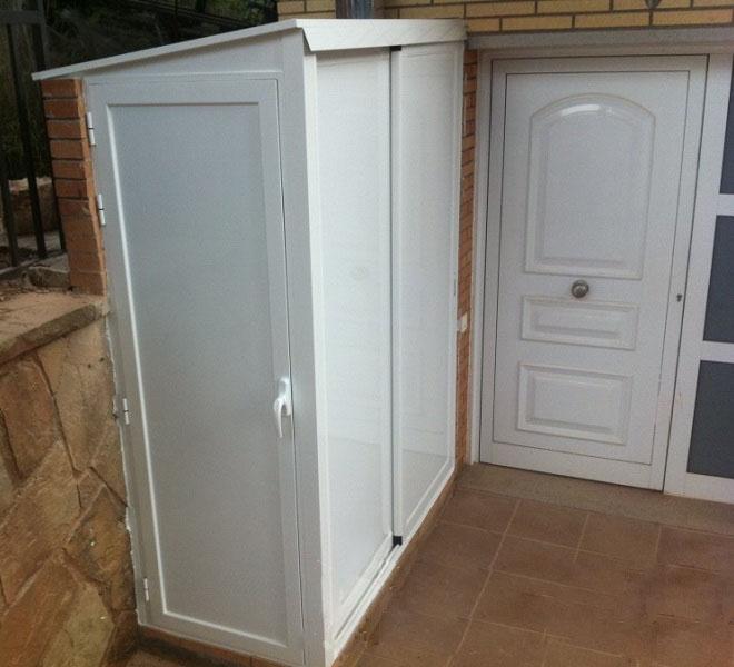 Alumam carpinter a de aluminio sabadell armarios for Armario para balcon exterior