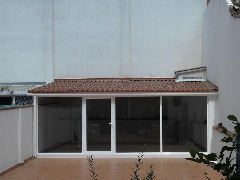 Alumam carpinter a de aluminio sabadell cerramientos for Cerramiento aluminio terraza